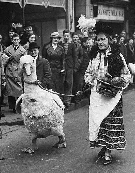 Lady with giant duck